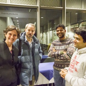 The Feldberg Foundation generously sponsored a reception following the lecture where Heidelberg Pain Consortium scientists like Heisenberg Scholar Dr. Stefan Lechner, Jagadeesh Gandla and Dr. Sanjeev Kaushalya (from left) could personally  interact w